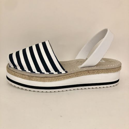 AVARCAS NAVY AND WHITE STRIPE