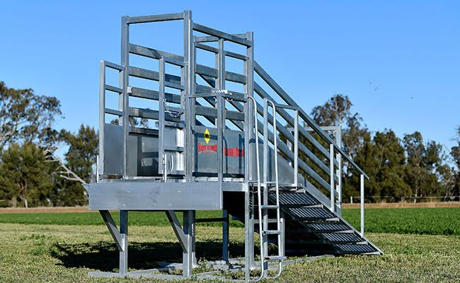 Load Master Cattle Loading Ramp with Side Load