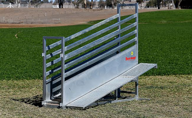 Heavy Duty Cattle Loading Ramp
