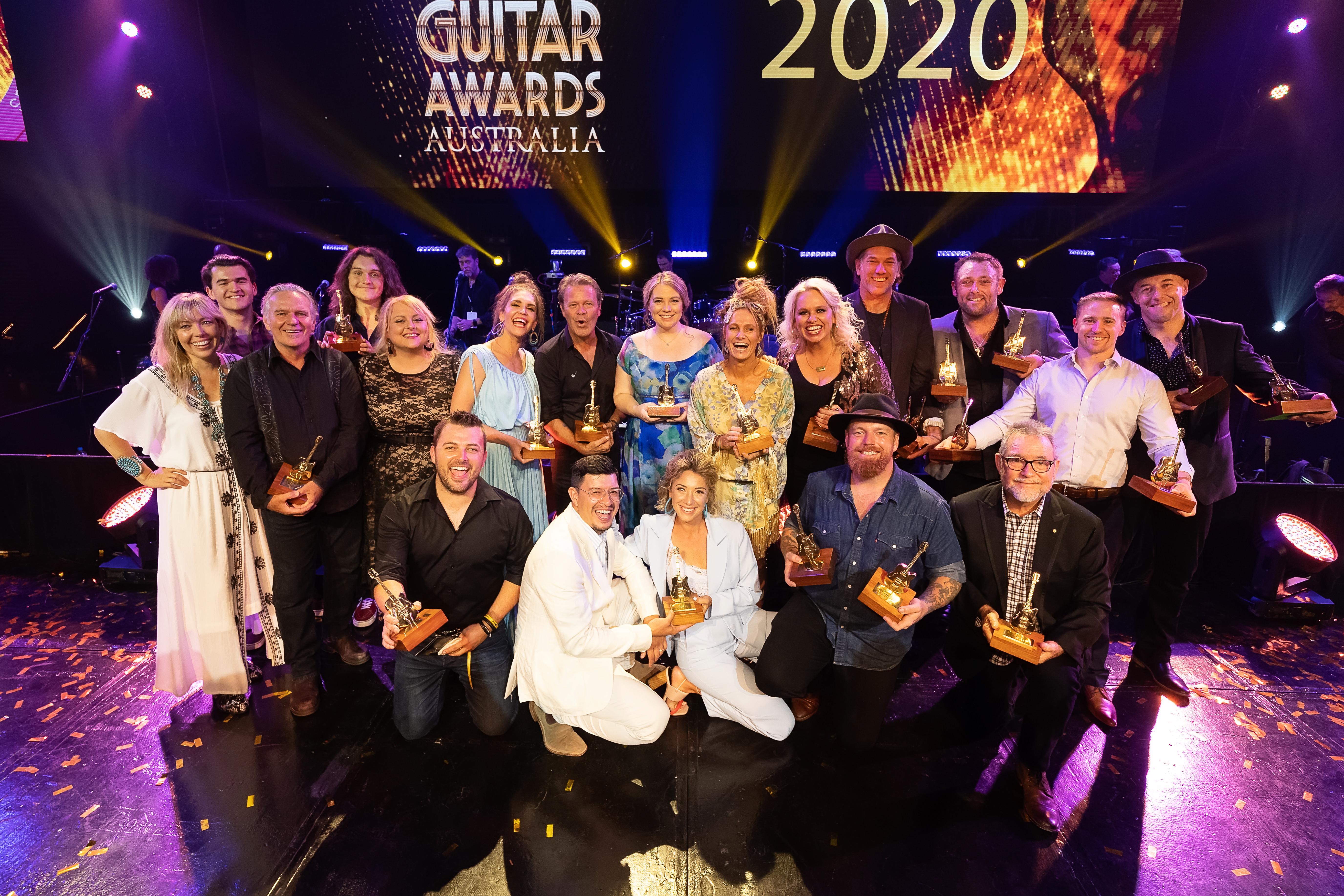 Stars shine bright on country music's golden night - TCMF